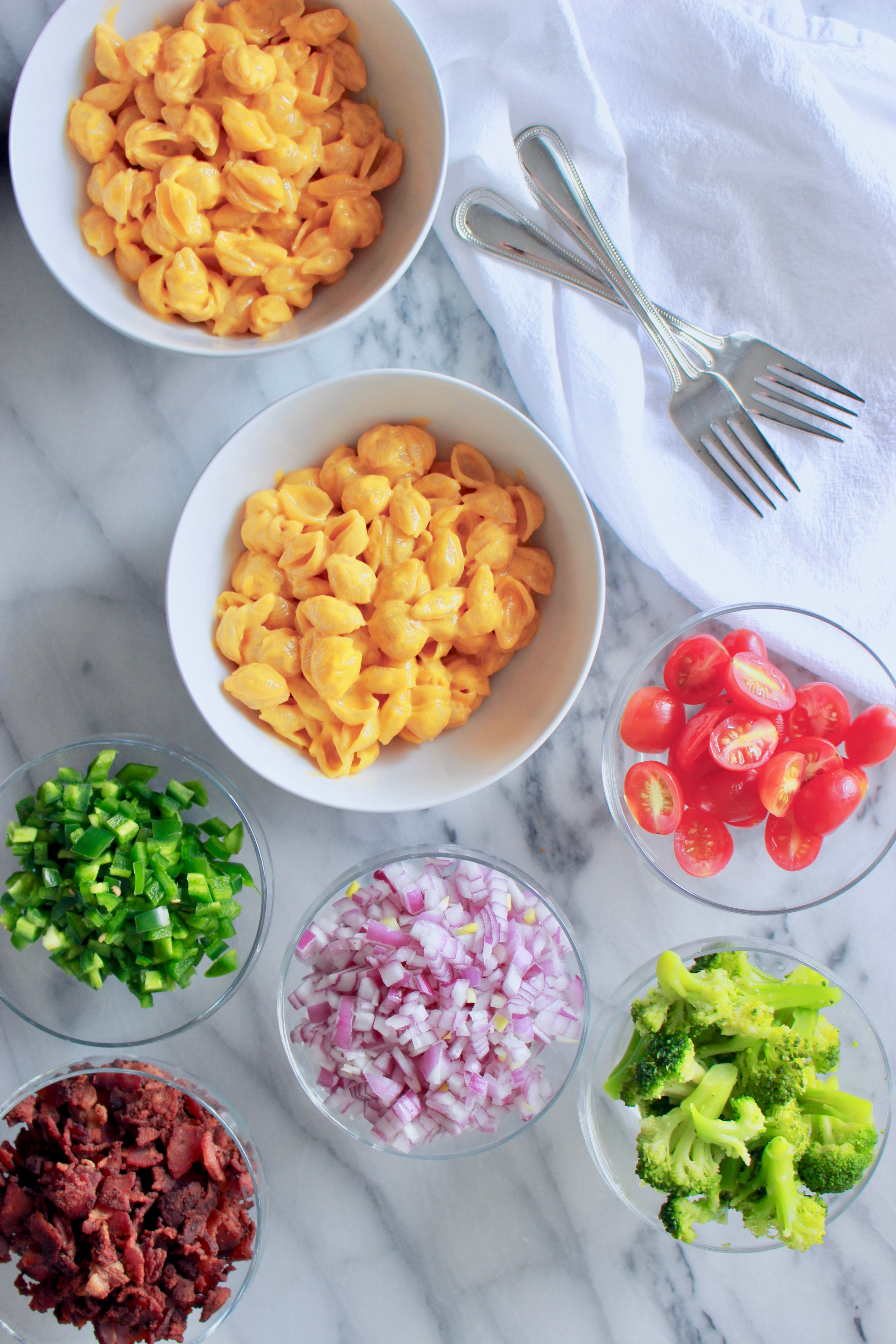 Topping Ideas for a Macaroni and Cheese Bar